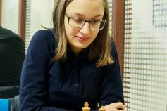 Glowing alumna Maria Vasova – top chess player