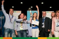 "Glowing Alumna – Neda Shishmanova awarded with ""Go Digital"""